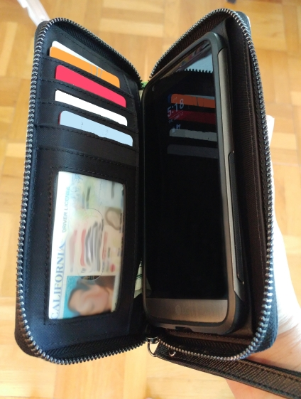 madison wallet inside view